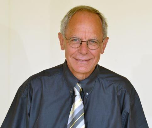 Dr. Josef Sachs